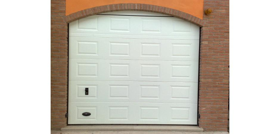 Sezionale garage